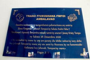 Inauguration-maison-de-priere-FMFOI-Ambalavao-plaque